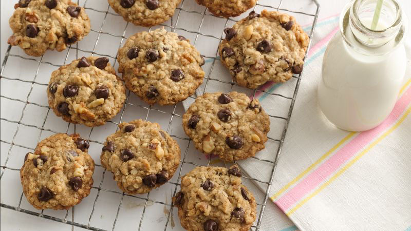 Oatmeal-Chocolate Chip Cookies Recipe